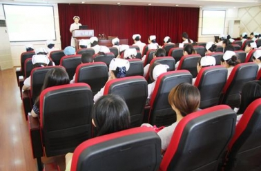 成飞医院举行2014年护理病例讨论