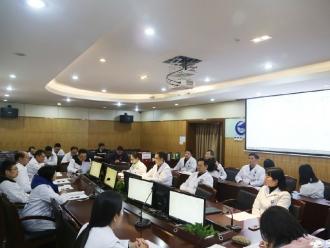 成飞医院召开二届十三次职工代表大会