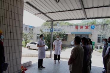 成飞医院开展2020年电梯安全知识培训及紧急救援演练